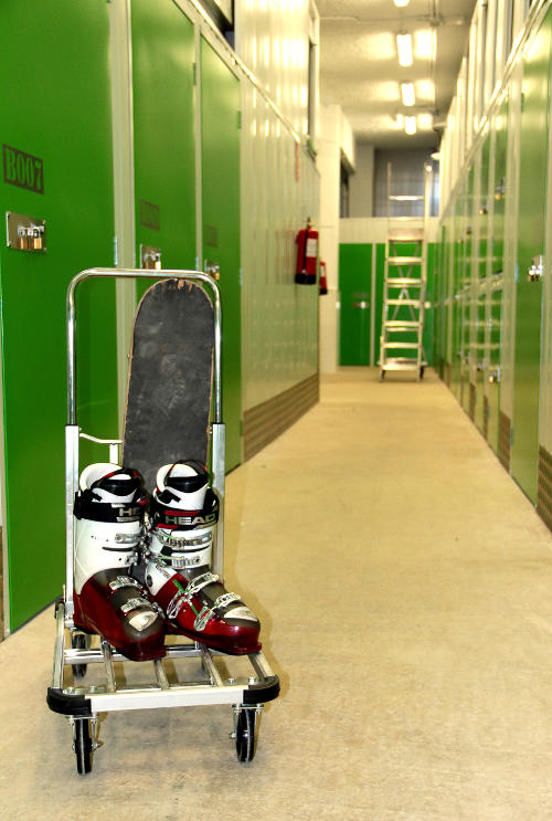 Pasillo entrada Sef Storage Orixe22